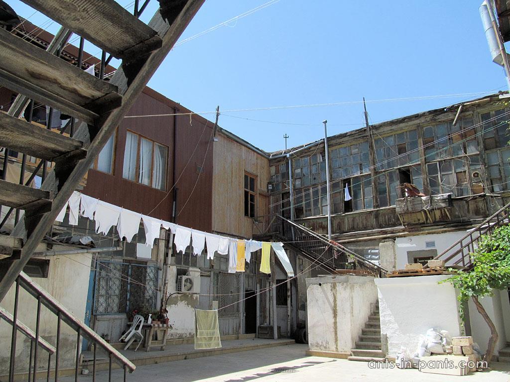 Дворики Баку