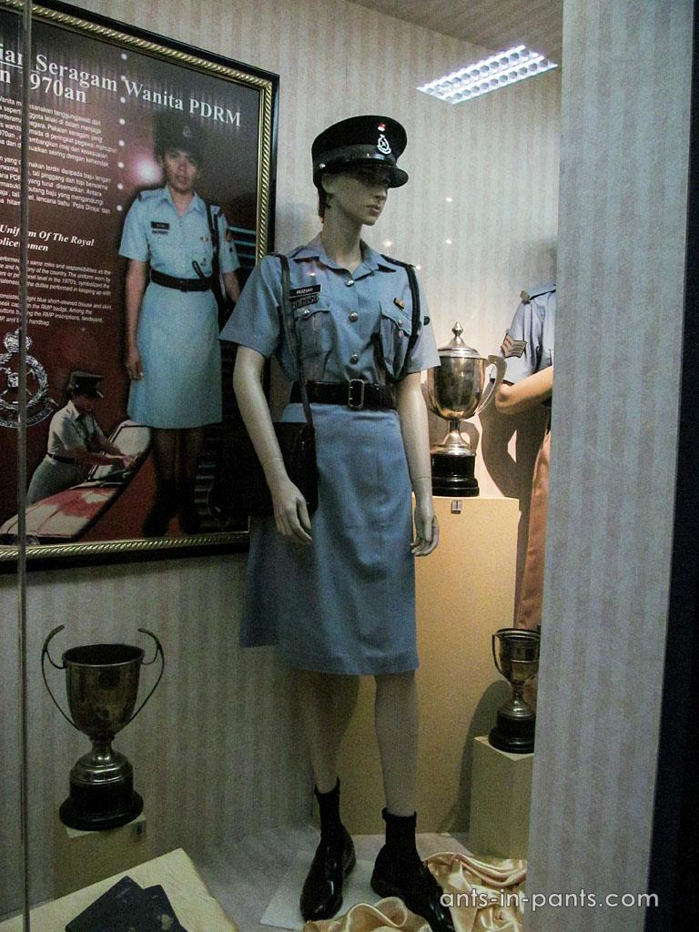 Malaysian police uniform