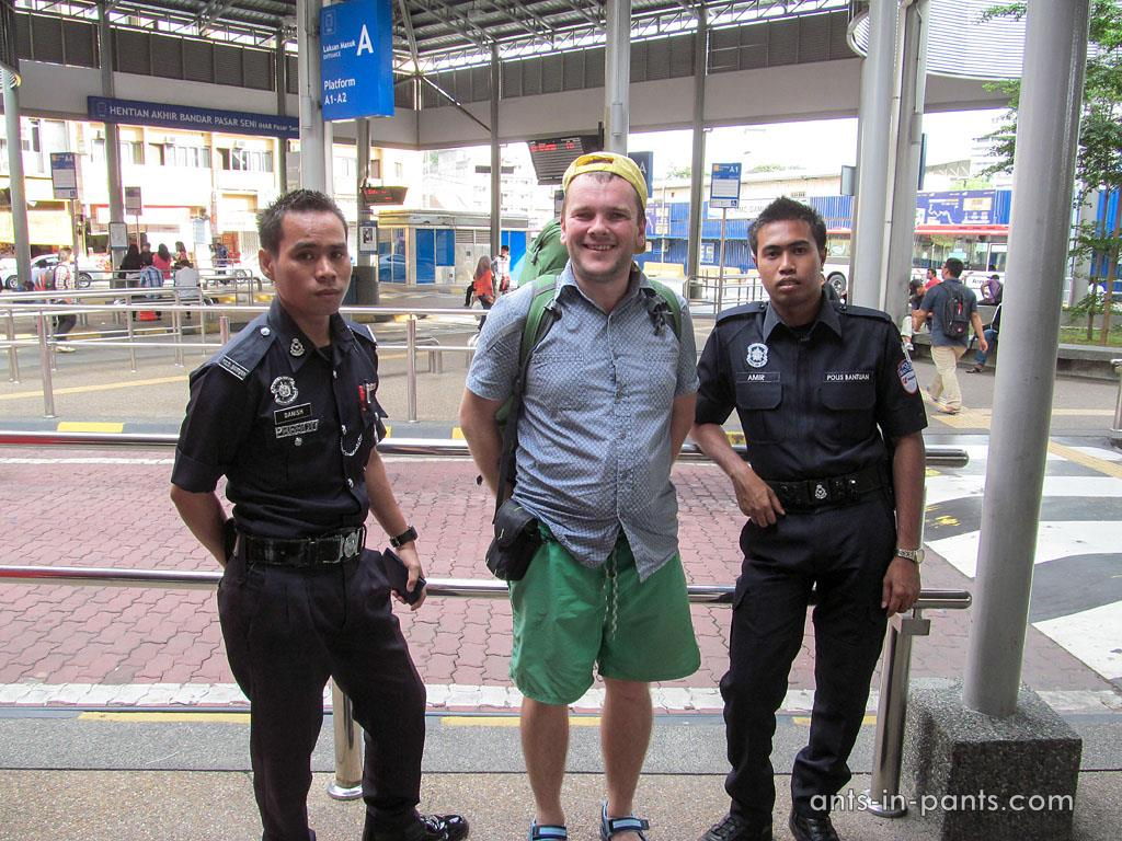 Полицейские Куала Лумпур