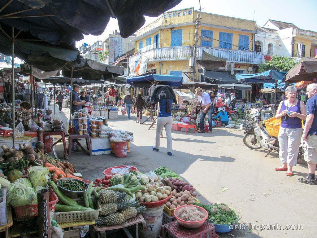 Хойан рынок