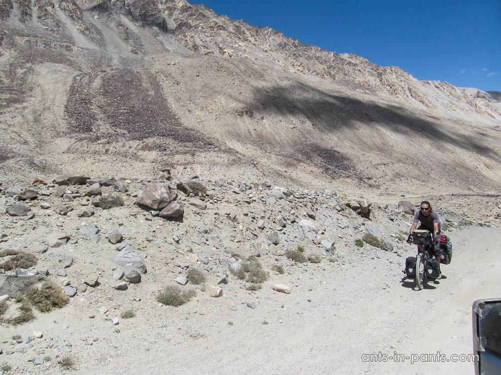 На велосипеде по Памиру