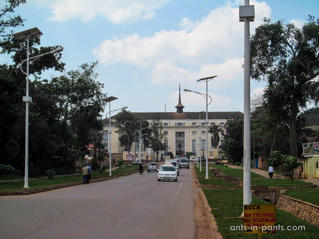 Парламент Уганды