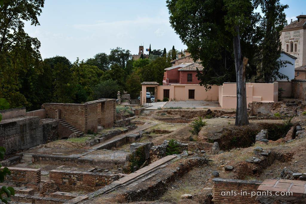 Раскопки в Гранаде