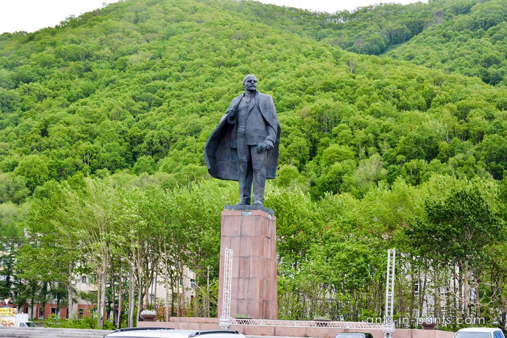 monument of Lenin
