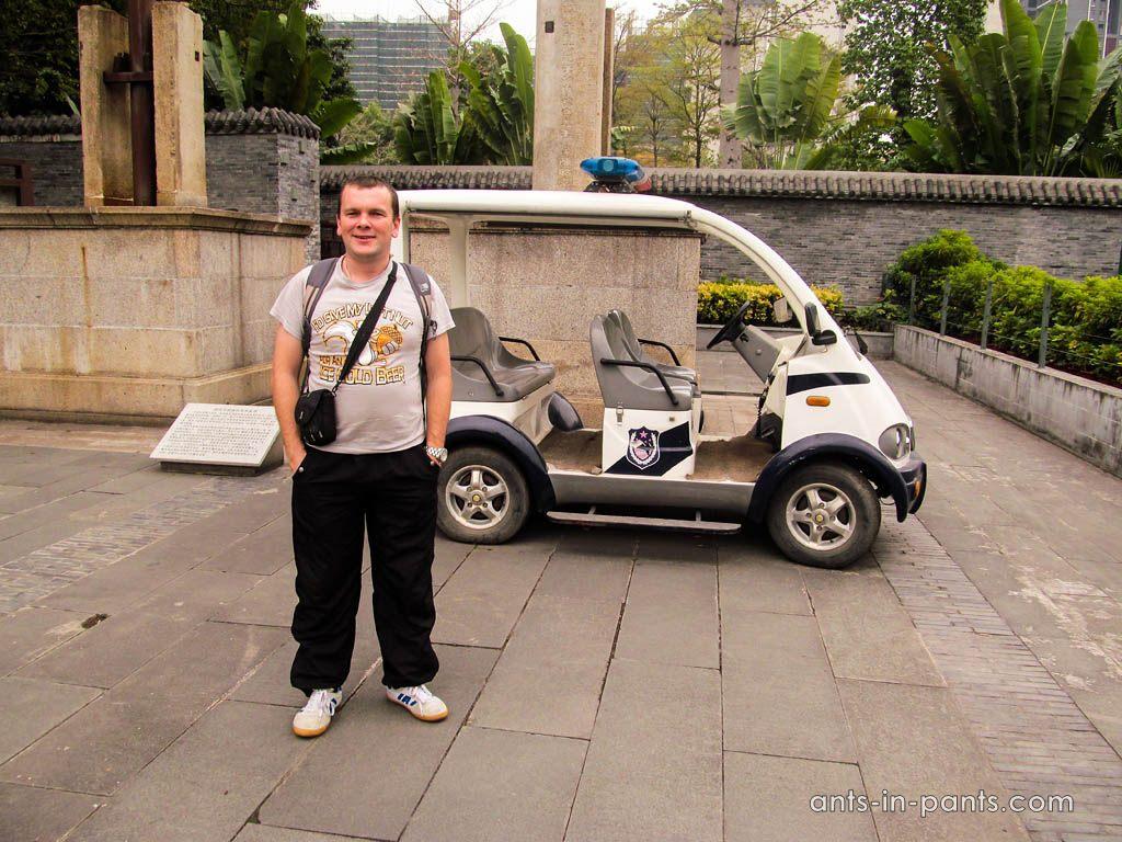 автомобиль полицейских в Китае