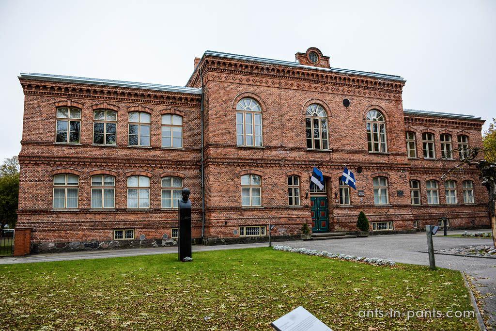 Pärnu gymnasium