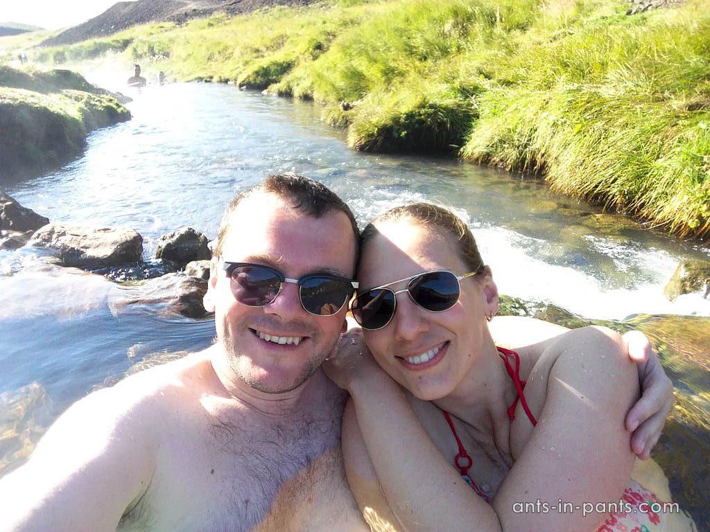 горячая река