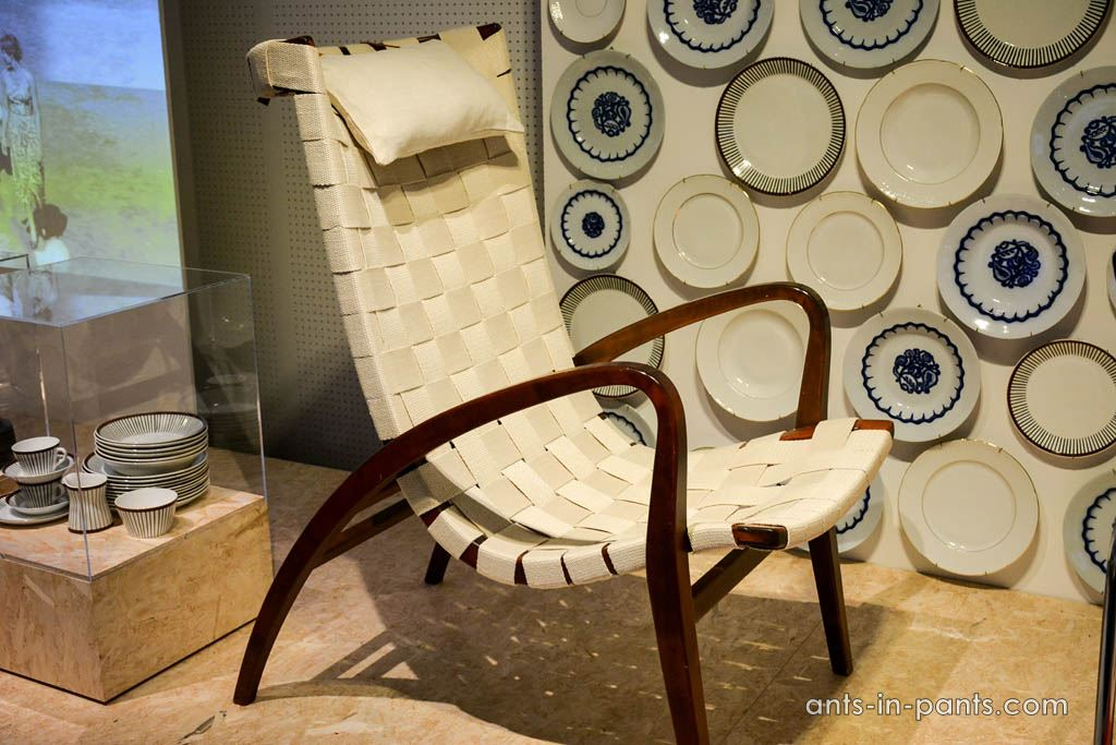 grasshopper chair