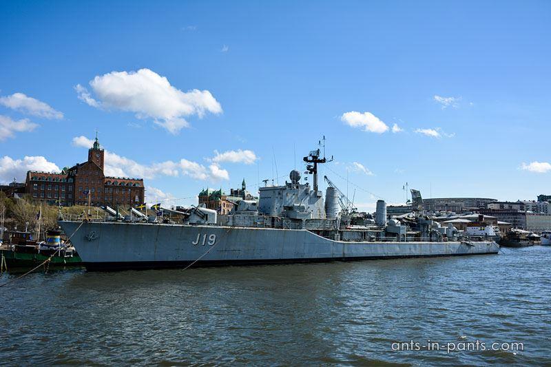 J19 ship